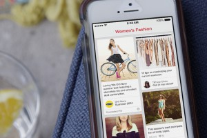 BANANA REPUBLIC TEST PINTEREST ADS